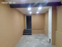 Продам 70 кв. м., 1 линия, под офис или магазин, отличный трафик