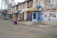 Продам магазин 1-я линия, остановка, 55 м²