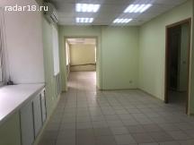 Сдам 83 кв.м. в центре под офис, учеб. центр, услуги, 1 лин.