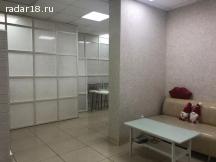 Сдам 83 м² под офис, услуги, магазин, 1 линия