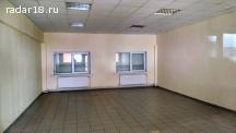 Сдам под магазин, офис 52м, 1 лин, 1 эт.,у ТЦ Хозбаза